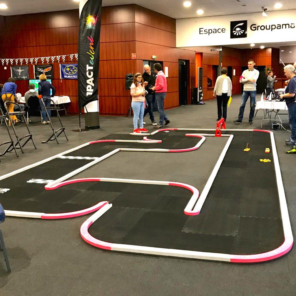 Activité Course de voitures du team building construc'team